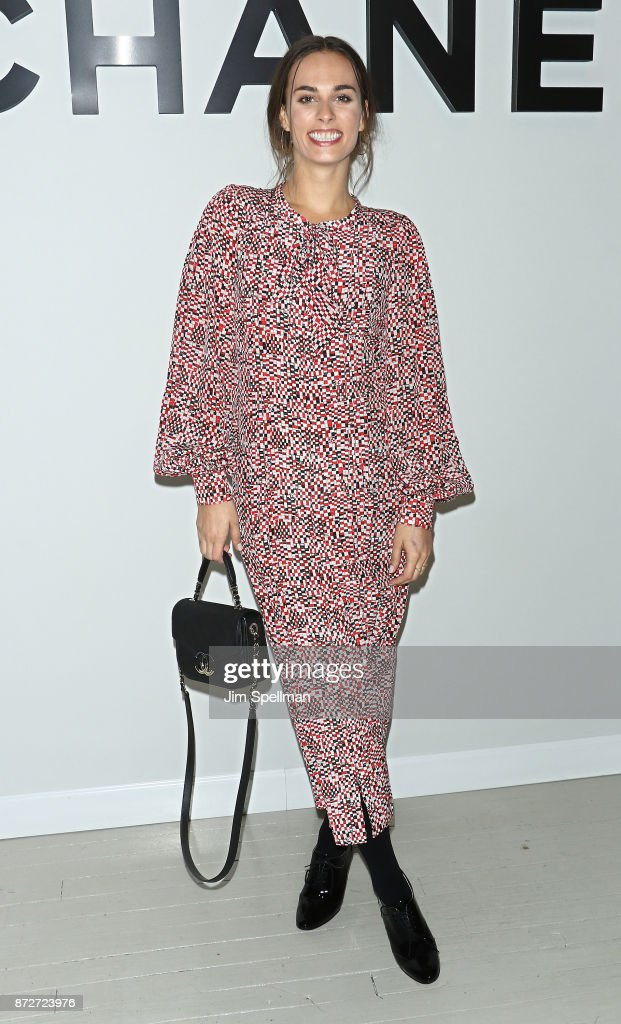Singer/songwriterSophie Auster attends the launch of The Coco Club celebrated by CHANEL at The Wing Soho on November 10, 2017 in New York City.