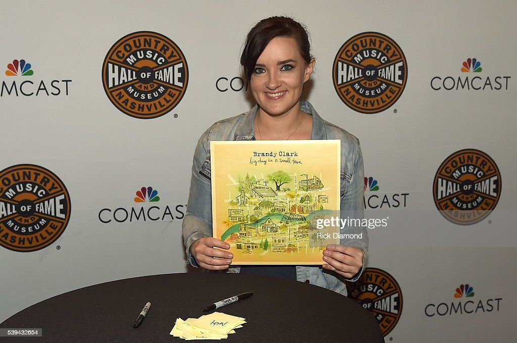 The Country Music Hall of Fame & Museum presents songwriter sessions and autographs signings during the 2016 CMA Music Festival : News Photo