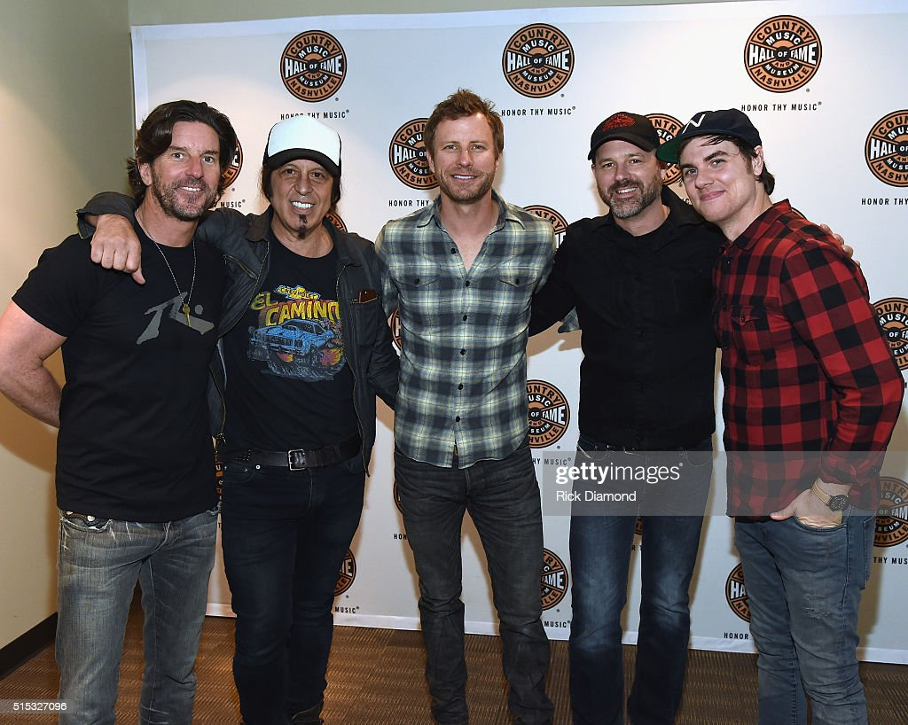 The Country Music Hall of Fame and Museum Presents an Interview and Acoustic Performance With Dierks Bentley