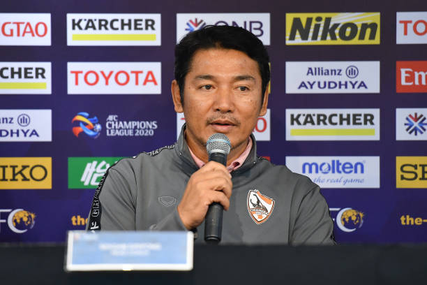THA: Chiangrai United Official Training & Press Conference