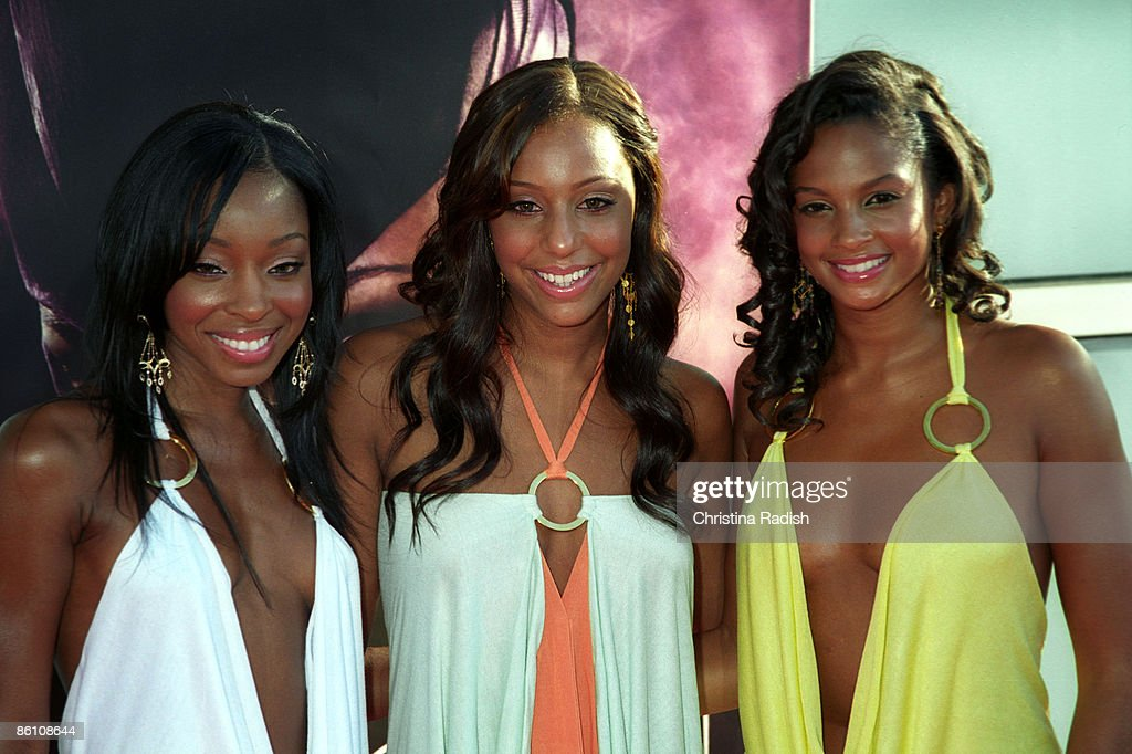"""Singing group Misteeq at the premiere of """"Catwoman"""" held at the Cinerama Dome in Hollywood, Calif. on July 19, 2004., : News Photo"""