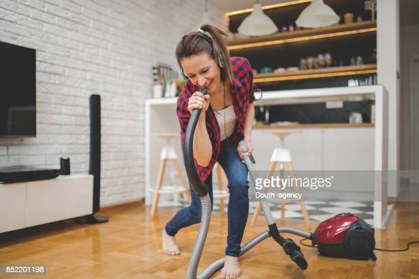 singing the song - tv housewife stock photos and pictures