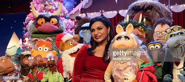 THE MUPPETS 'Single All the Way' The gang is preparing for the annual 'Up Late' live Christmas special with special guest Mindy Kaling Animal is in...
