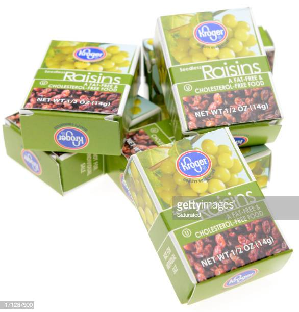 single serving boxes of kroger store brand raisins - brand name stock pictures, royalty-free photos & images