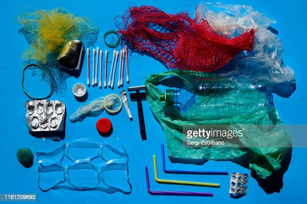 single-use plastics - 使い捨て製品 ストックフォトと画像
