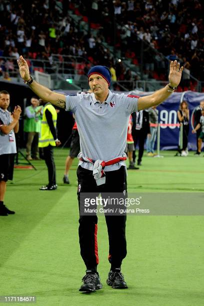 Sinisa Mihajlovic head coach of Bologna FC gestures prior to the Serie A match between Bologna FC and SPAL at Stadio Renato Dall'Ara on August 30,...