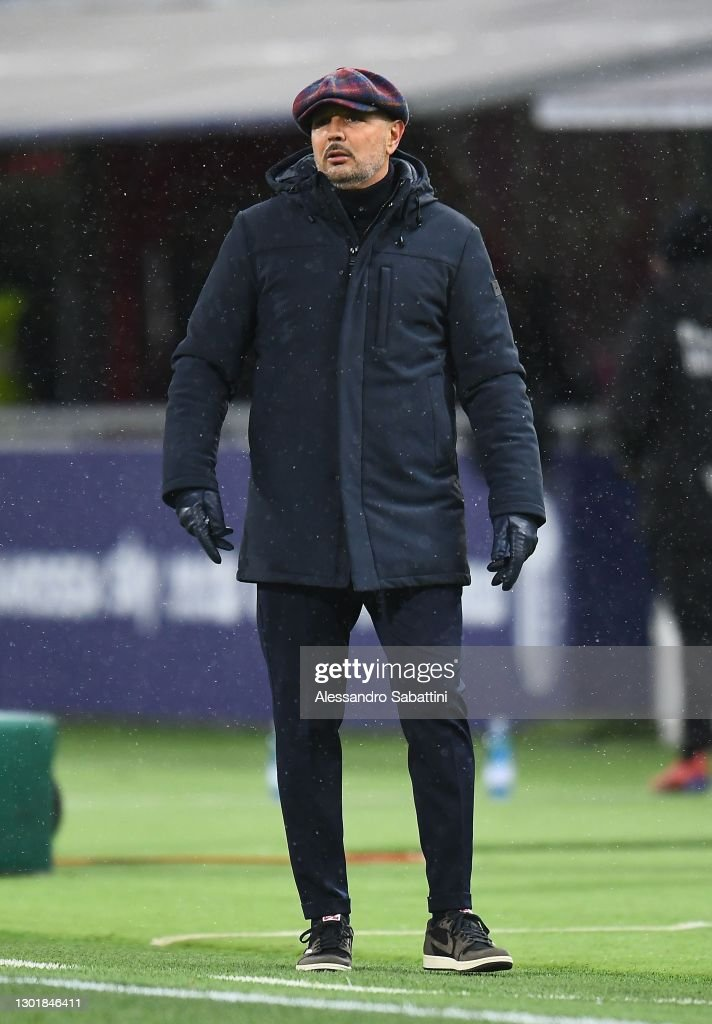 Bologna FC v Benevento Calcio - Serie A : Photo d'actualité