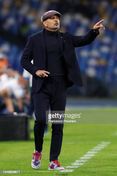 Sinisa Mihajlovic, Head Coach of Bologna gestures to his players during the Serie A match between SSC Napoli and Bologna FC at Stadio Diego Armando...