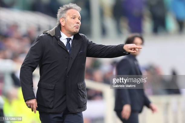 Sinisa Mihajlovic manager of Bologna FC gestures during the Serie A match between ACF Fiorentina and Bologna FC at Stadio Artemio Franchi on April 14...
