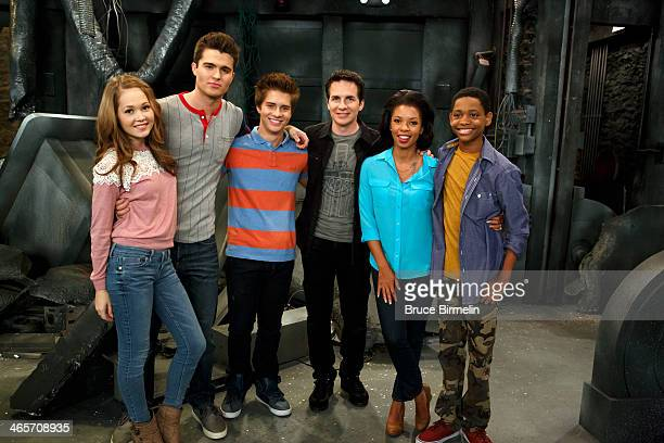 LAB RATS 'Sink or Swim' The lab rats are on the run as stowaways on a cargo freight headed to the unknown Once captured by the ship's crew they are...