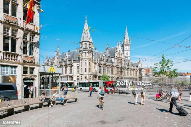 sint michelshelling street, ghent - flandres oriental imagens e fotografias de stock