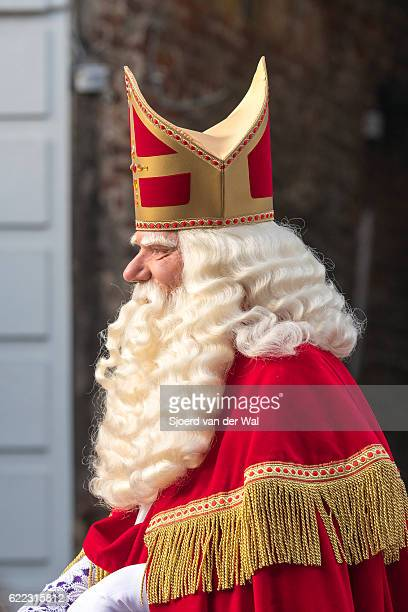 sinterklaas arriving in the netherlands for the sint nicolaas festival - sinterklaas stock photos and pictures