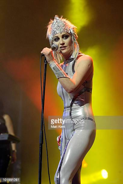 Siobhan Fahey of Shakespeare's Sister performs at day 1 of the Isle Of Wight Festival at Seaclose Park on June 11 2010 in Newport Isle of Wight