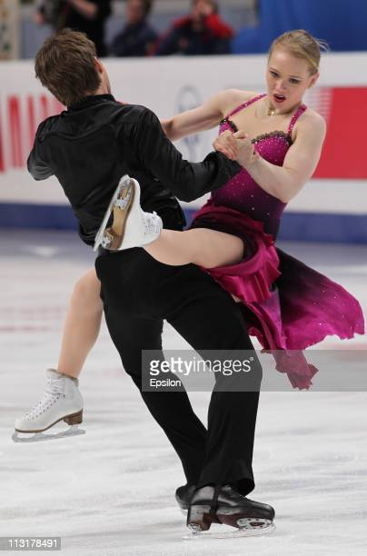 Siobhan HeekinCanedy and Alexander Shakalov of Ukraine skate in the preliminary round ice dance free dance during day three of the 2011 World Figure...