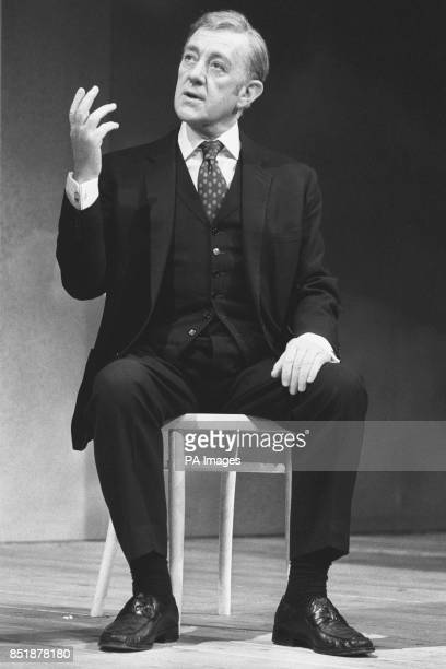 Sir Alec Guinness during a rehearsal of Alan Bennett's Habeas Corpus at the Lyric Theatre.