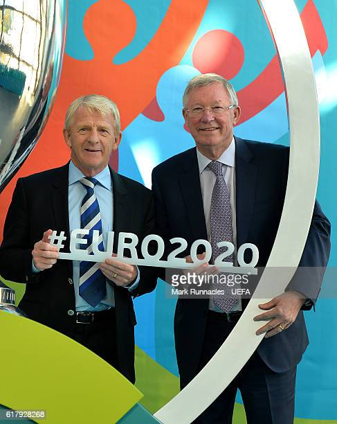 Sir Alex Ferguson and Scotland manager Gordon Strachan during the Glasgow UEFA EURO 2020 Host City Logo Launch at the Glasgow Science Centre on...