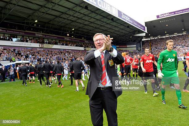 Sir Alex Ferguson manager / head coach of Manchester United applauds the Manchester United fans
