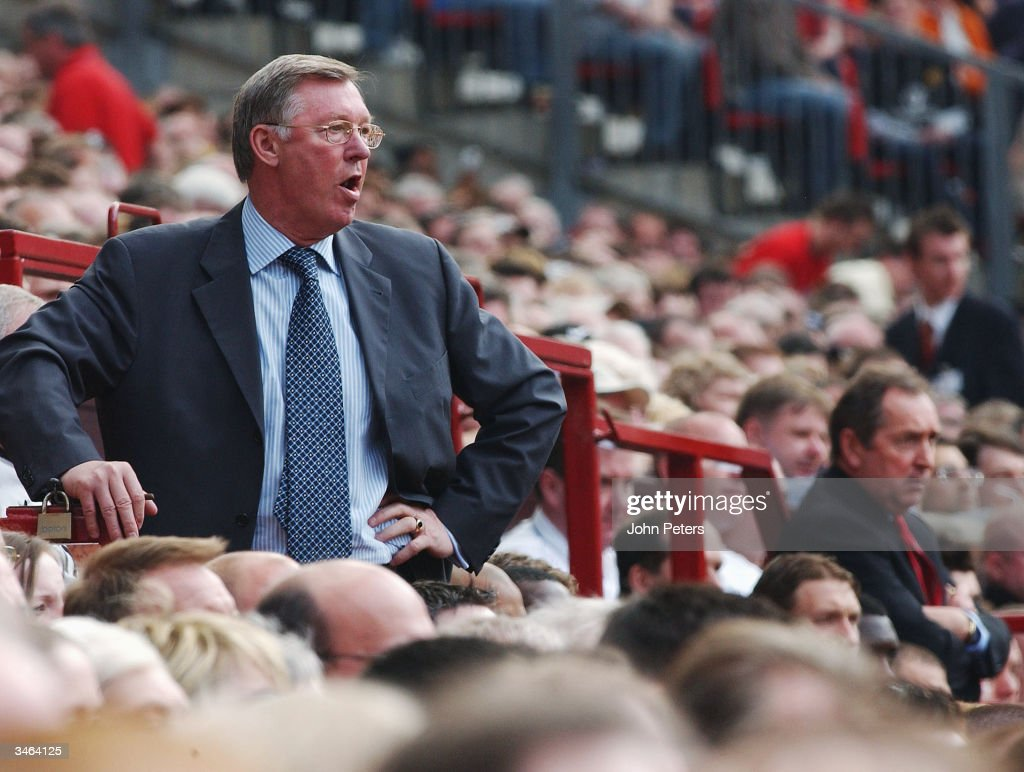 Manchester United v Liverpool : News Photo