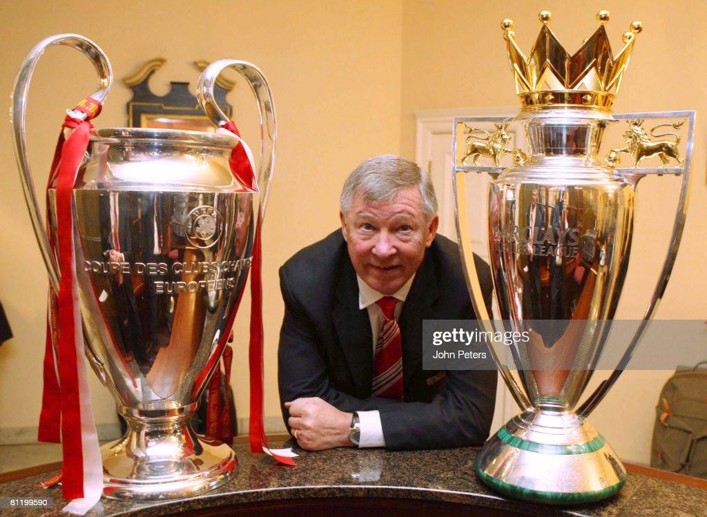 Manchester United Celebrate Winning The UEFA Champions League : News Photo