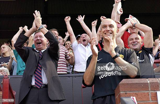 Sir Alex Ferguson, Rob Swire and Mike Phelan celebrate Ryan Giggs goal during the FA Barclaycard Premiership match between Manchester United v Bolton...