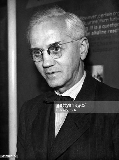 Sir Alexander Fleming [18871955] the bacteriologist responsible for the discovery of penicillinca CA 1947