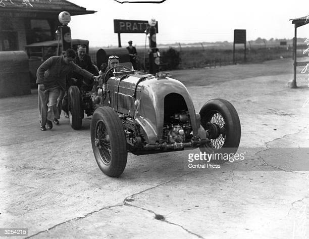 Sir Birkin in his Bentley taking part in the 500 mile race at Brooklands racetrack in England