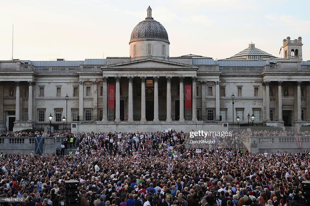 Sir Bob Geldof speaks (centre) to members of the public and supporters of the 'Better Together' campaign from a raised stage in Trafalgar Square on September 15, 2014 in London, England. The latest polls in Scotland's independence referendum put the No campaign back in the lead, the first time they have gained ground on the Yes campaign since the start of August.
