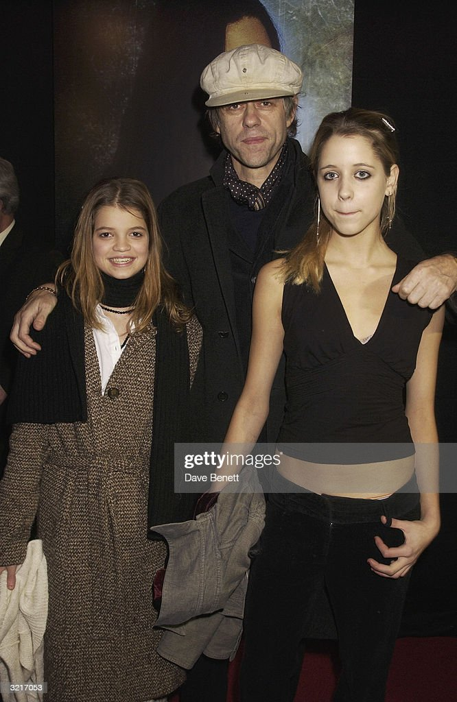 Sir Bob Geldof with his two daughters, Peach and Pixie at the UK Premiere of 'The Lord Of The Rings: The Two Towers' held on December 11, 2002 at the Odeon Leicester Square, in London.