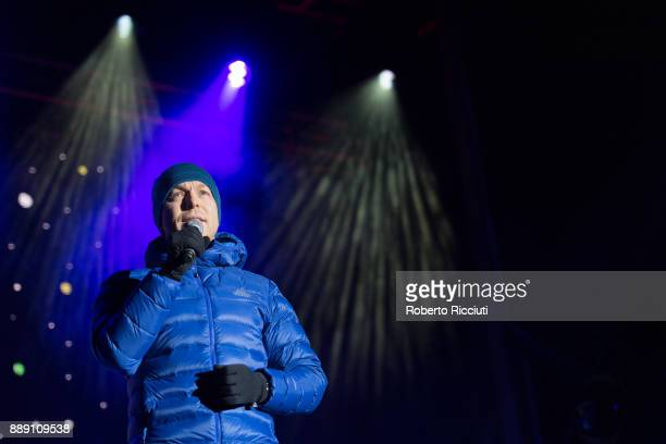 Sir Chris Hoy talks on stage during Sleep In The Park a Mass Sleepout organised by Scottish social enterprise Social Bite to end homelessness in...