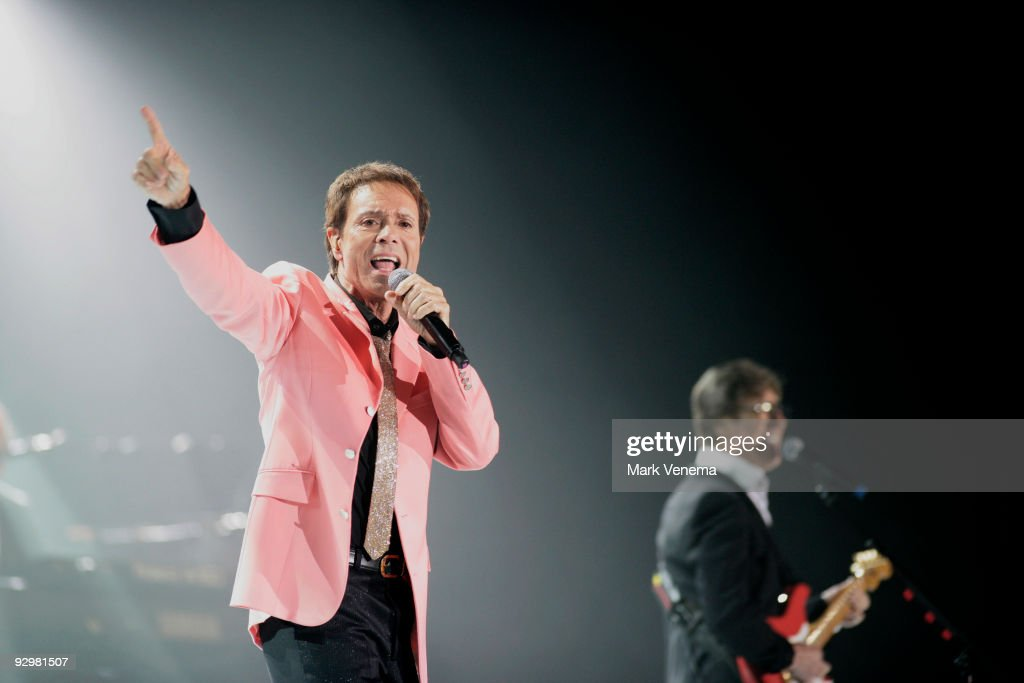 Sir Cliff Richard And The Shadows In Concert