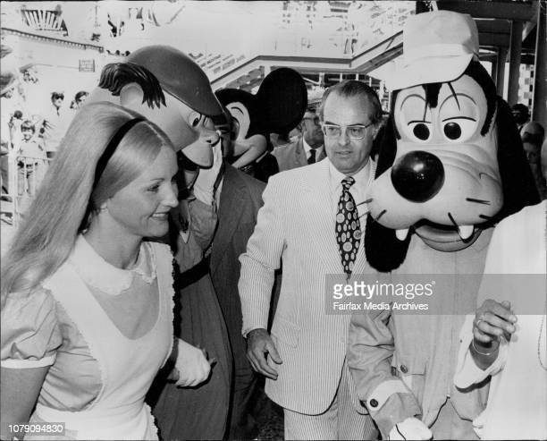 Sir Eric pictured with Alice in Wonderland Mickey Mouse Tweedle Dee GoofyThe advance party for Disney on Parade was at Luna Park this afternoon to...