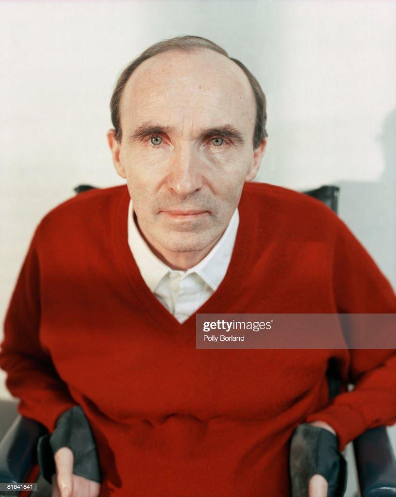 Sir Frank Williams, founder of the WilliamsF1 Formula One racing team, circa 2000.
