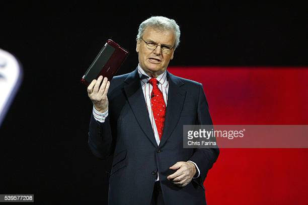Sir Howard StringerChairman and CEO of Sony Corporation speaks during his keynote address for the 2009 International Consumer Electronics Show at the...