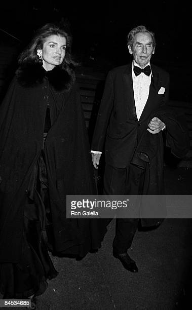 Sir Hugh Fraser and Jackie Onassis attending 'Costume Exhibit Fashions from the Hapsburg Era' on December 3 1979 at the Metropolitan Museum of Art in...
