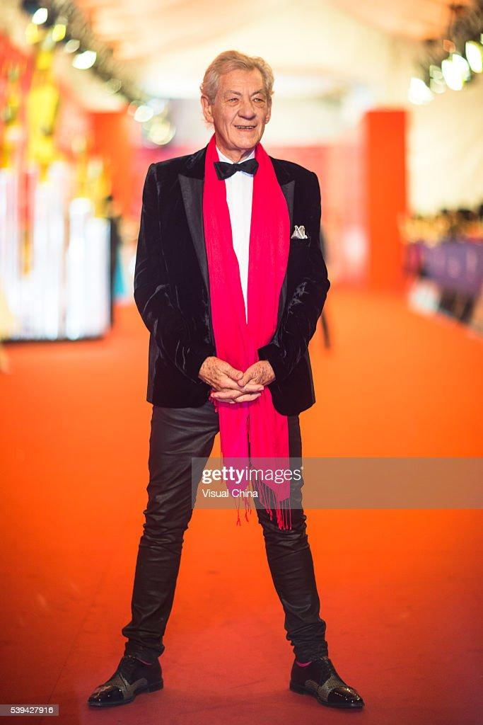19th Shanghai International Film Festival - Opening Ceremony & Red Carpet : News Photo