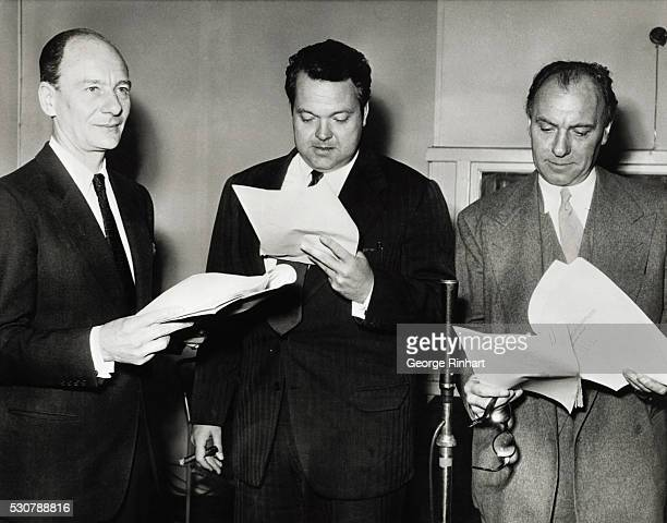 Sir John Gielgud as Sherlock Holmes, Sir Ralph Richardson as Dr. Watson in radio series based on late Sir Conan Doyle with Orson Welles, center, in...