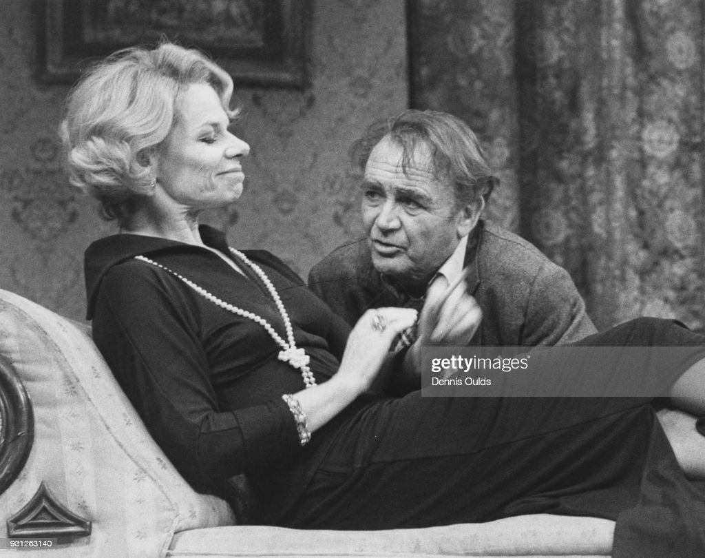 Sir John Mills (1908 - 2005) as Mr Malcolm and Jill Bennett (1931 - 1990) as Mrs Shankland during a dress rehearsal for Terence Rattigan's play 'Separate Tables' at the Apollo Theatre, London, 12th January 1977.