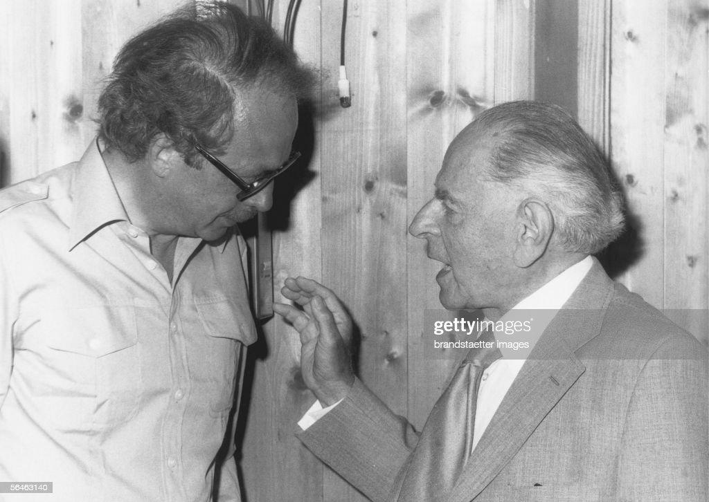 Sir Karl Popper : News Photo