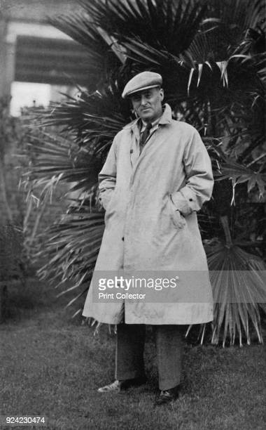 Sir Malcolm Campbell' 1937 Sir Malcolm Campbell British motorist and journalist From Sir Malcolm Campbell's Book of Famous Motorists edited by Sir...