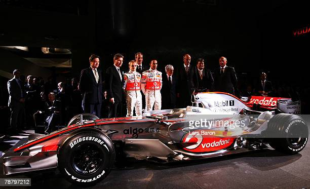 Sir Michael Arthur, ambassador of Great Britain in Germany, Guenther Oettinger, Governor of Baden-Wuerttemberg, driver Heikki Kovalainen of Finland,...
