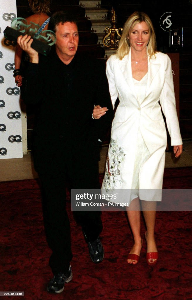 Sir Paul McCartney Accompanied By His Girlfriend Heather Mills Holding Lifetime Achievement Award