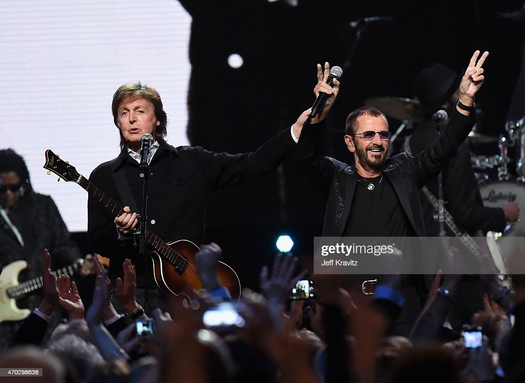 Sir Paul McCartney (L) and inductee Ringo Starr perform onstage during the 30th Annual Rock And Roll Hall Of Fame Induction Ceremony at Public Hall on April 18, 2015 in Cleveland, Ohio.