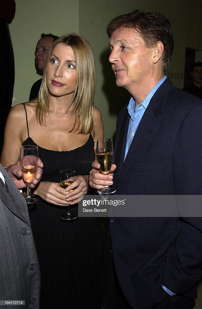 Sir Paul Mccartney & Heather Mills, Charity Auction For Signed Photos For Twin Towers Fund, At The Royal Academy Of Arts, Piccadilly, London