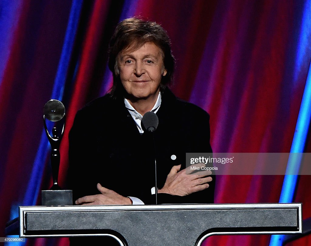 30th Annual Rock And Roll Hall Of Fame Induction Ceremony - Show : News Photo