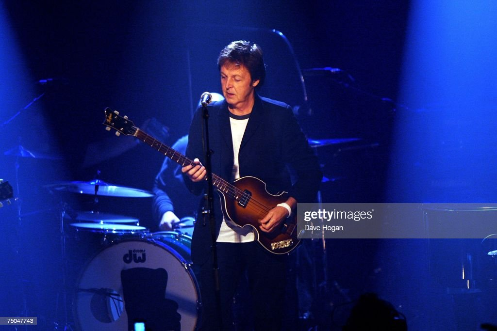 Sir Paul McCartney Plays At iTunes Festival : News Photo