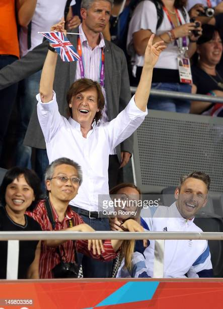 Sir Paul McCartney Stella McCartney and Alasdhair Willis attend the Women's Team Pursuit Track Cycling Finals on Day 8 of the London 2012 Olympic...