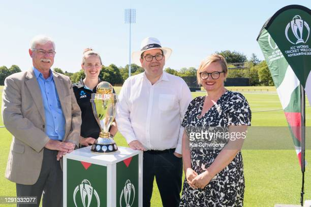 Sir Richard Hadlee, New Zealand White Ferns player Amy Satterthwaite, Deputy Prime Minister Grant Robertson and ICC Women's Cricket World Cup CEO...