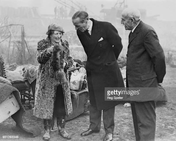 Sir Rupert De la Bère the Lord Mayor of London visits areas of Canvey Island in Essex which were affected by the North Sea flood and provides...