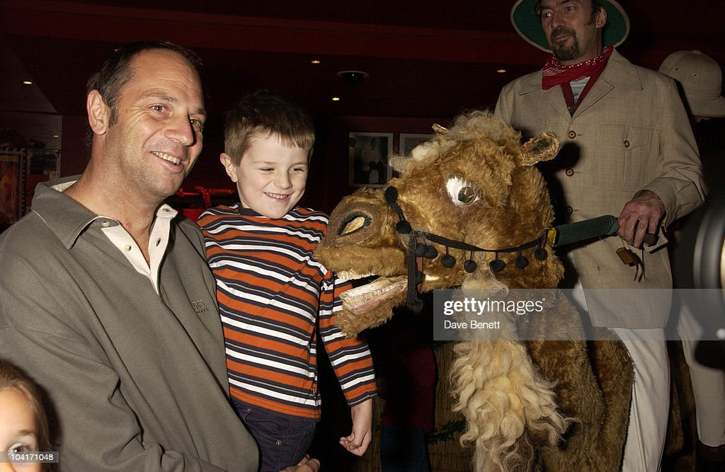Sir Stephen Redgrave And Son, The Wild Thornberrys Movie Premiere (in Aid Of The World Wildlife Fund.), At Warner West End In Leicester Square, London