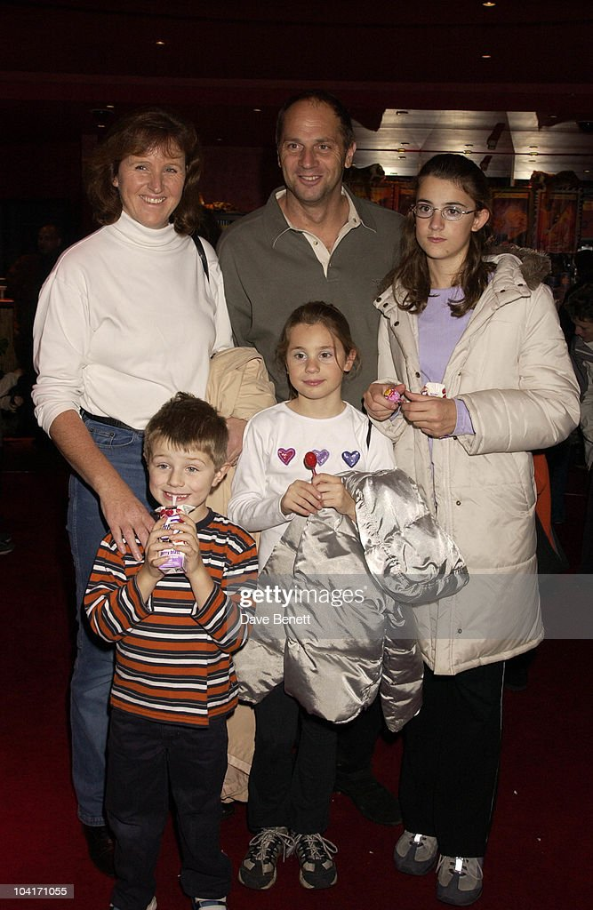 Sir Stephen Redgrave, The Wild Thornberrys Movie Premiere (in Aid Of The World Wildlife Fund.), At Warner West End In Leicester Square, London
